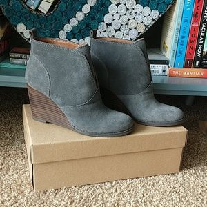 NWOB Lucky Brand wedge booties